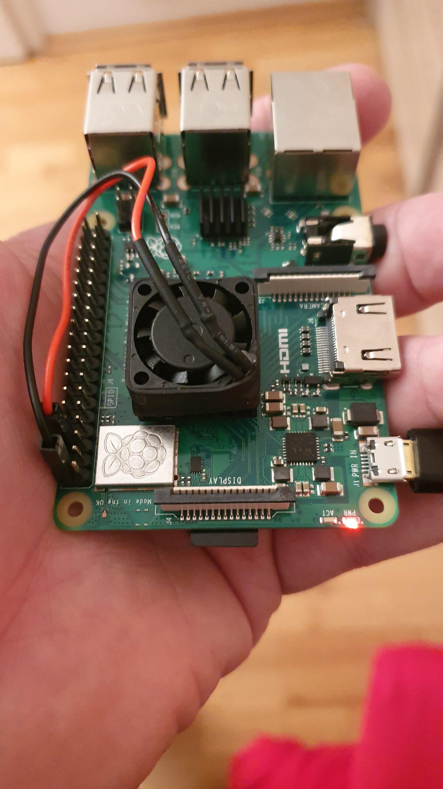 Ich glaube ich habe mein zweites Raspberry Pi 3b + Board geschrottet